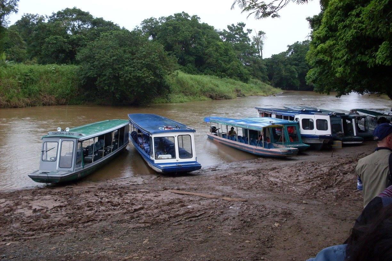 boat to tortuguero.jpg